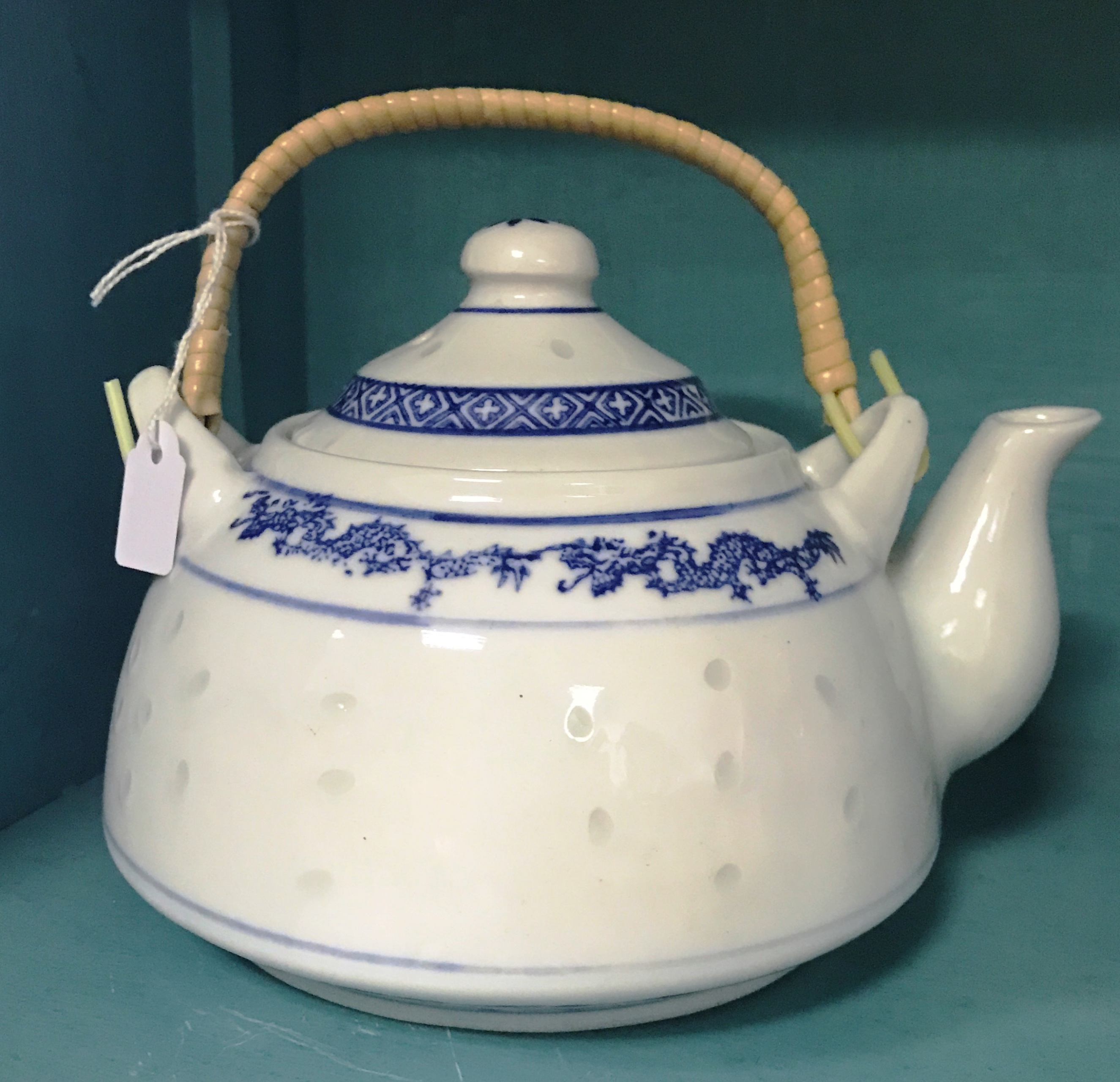 Oriental Chinese Porcelain Teapot with Bamboo Handle Blue ...